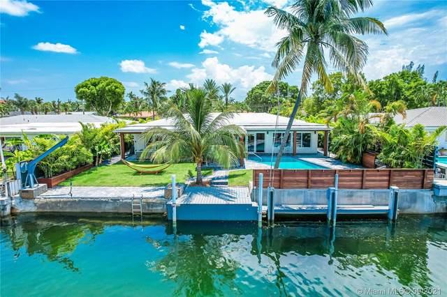 2243 Bayview Ln, North Miami, FL 33181 (MLS #A11104066) :: Rivas Vargas Group