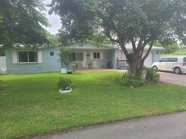 17300 SW 87th Ct, Palmetto Bay, FL 33157 (MLS #A11104086) :: Jo-Ann Forster Team