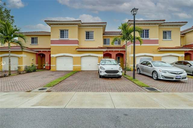 3624 NW 29th Ct, Lauderdale Lakes, FL 33311 (MLS #A11104181) :: Castelli Real Estate Services