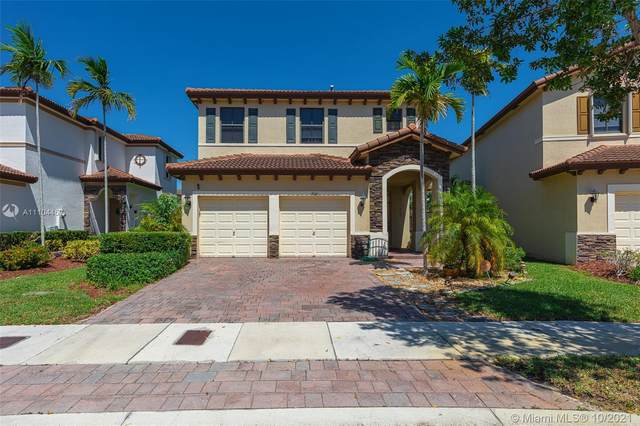 9141 SW 227th Ln, Cutler Bay, FL 33190 (MLS #A11104457) :: The Pearl Realty Group