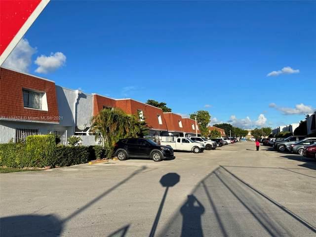 600 NW 107 AV 7A, Miami, FL 33172 (MLS #A11104524) :: The MPH Team