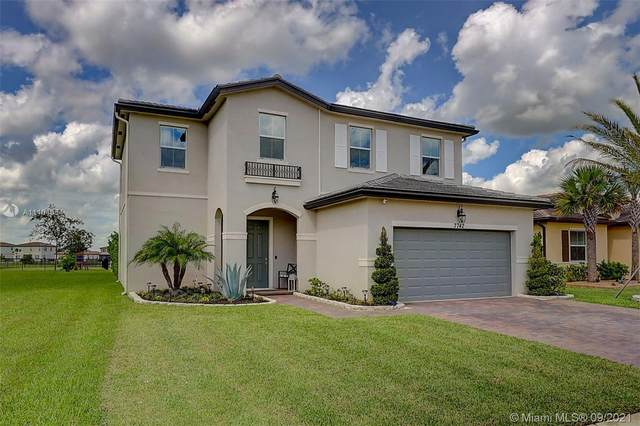 7742 NW Gladwell Ln, Port Saint Lucie, FL 34987 (MLS #A11104654) :: Onepath Realty - The Luis Andrew Group