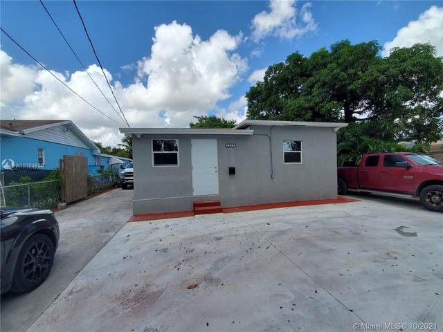 2425 NW 28th St, Miami, FL 33142 (MLS #A11104820) :: Re/Max PowerPro Realty