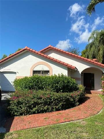 11832 SW 108th Ter, Miami, FL 33186 (MLS #A11104889) :: Castelli Real Estate Services