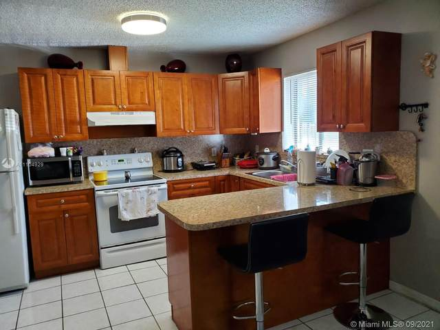 28079 SW 143rd Ct #1, Homestead, FL 33033 (MLS #A11104929) :: Castelli Real Estate Services