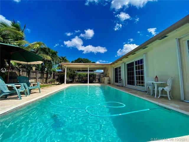 8961 NW 7th Ct, Pembroke Pines, FL 33024 (MLS #A11105071) :: Berkshire Hathaway HomeServices EWM Realty