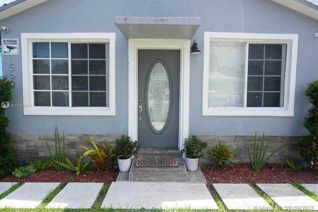 1560 NW 70th St, Miami, FL 33147 (#A11105200) :: Posh Properties