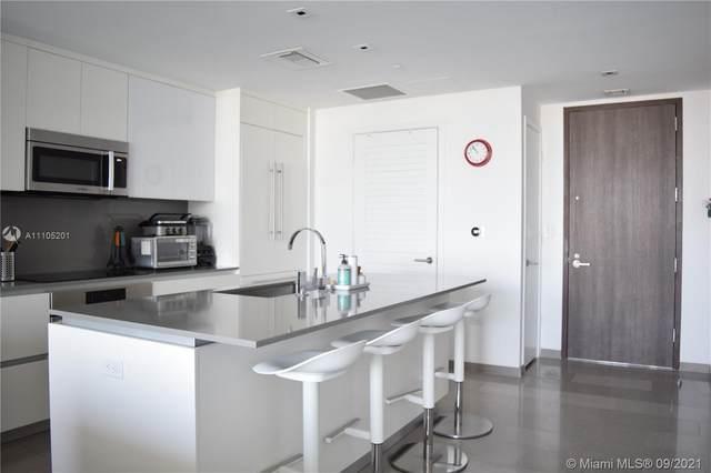 68 SE 6th St #2306, Miami, FL 33131 (MLS #A11105201) :: Berkshire Hathaway HomeServices EWM Realty