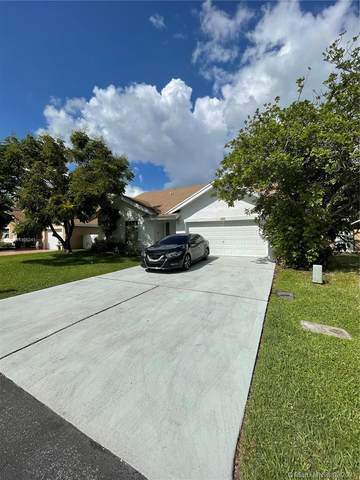 620 NW 207th Ave, Pembroke Pines, FL 33029 (MLS #A11105241) :: Onepath Realty - The Luis Andrew Group