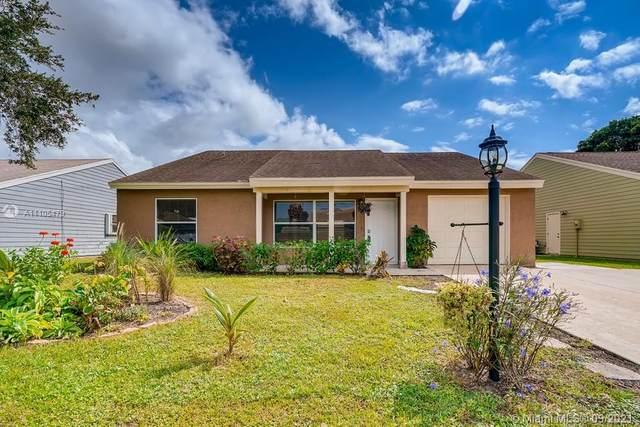 7914 Ridgewood Drive, Lake Worth, FL 33467 (MLS #A11105479) :: Re/Max PowerPro Realty