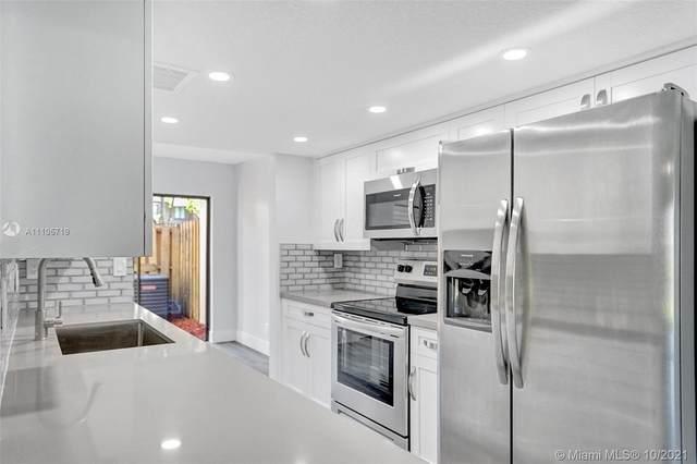 5032 S University Dr #5032, Davie, FL 33328 (MLS #A11105719) :: Berkshire Hathaway HomeServices EWM Realty