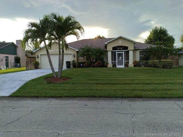 2272 SE Maize St, Port Saint Lucie, FL 34952 (MLS #A11105993) :: Castelli Real Estate Services