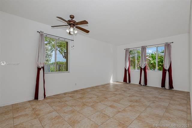 4684 Waycross Dr, Coconut Creek, FL 33073 (MLS #A11106257) :: Rivas Vargas Group