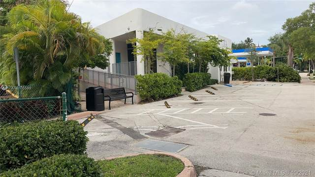 21 Harbor Dr, Key Biscayne, FL 33149 (MLS #A11106580) :: Green Realty Properties