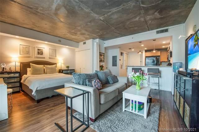 3180 SW 22 ST #502, Miami, FL 33145 (MLS #A11106588) :: Green Realty Properties