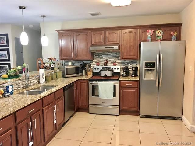 7121 SW 92 ST, Pinecrest, FL 33156 (#A11106826) :: Posh Properties