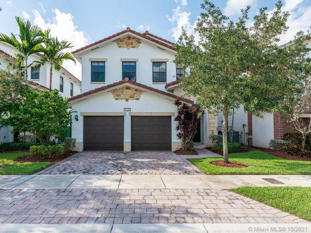 10540 NW 69th Ter, Doral, FL 33178 (MLS #A11107041) :: The Pearl Realty Group