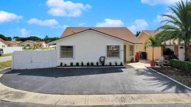 1619 SW 138th Ave, Miami, FL 33175 (MLS #A11107357) :: Castelli Real Estate Services