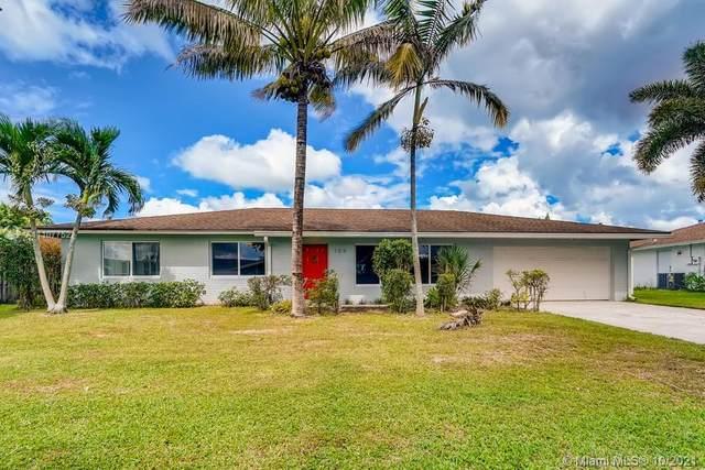 109 Meadowlark Drive #109, Royal Palm Beach, FL 33411 (MLS #A11107752) :: The Pearl Realty Group