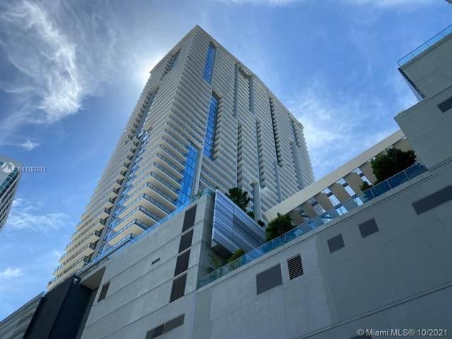 68 SE 6th St #1008, Miami, FL 33131 (MLS #A11107871) :: Berkshire Hathaway HomeServices EWM Realty
