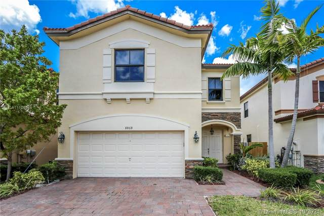 8868 NW 101st Pl, Doral, FL 33178 (MLS #A11108265) :: Castelli Real Estate Services