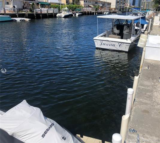 3660 NE 166th St, North Miami Beach, FL 33160 (MLS #A11108269) :: Green Realty Properties