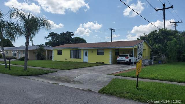 481 W 30th St, Riviera Beach, FL 33404 (MLS #A11108294) :: Berkshire Hathaway HomeServices EWM Realty