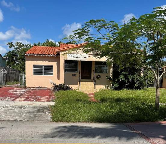 2155 SW 25th Ter, Miami, FL 33133 (MLS #A11108319) :: Green Realty Properties