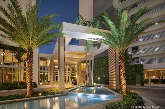 16385 Biscayne Blvd #617, North Miami Beach, FL 33160 (MLS #A11108408) :: Green Realty Properties