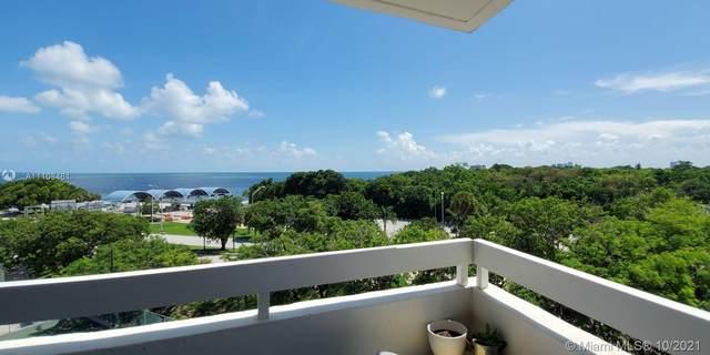 2501 Brickell Ave #608, Miami, FL 33129 (MLS #A11108461) :: Castelli Real Estate Services