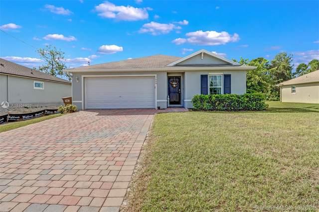 1606 NE 34th Lane, Cape Coral, FL 33909 (#A11108920) :: Posh Properties