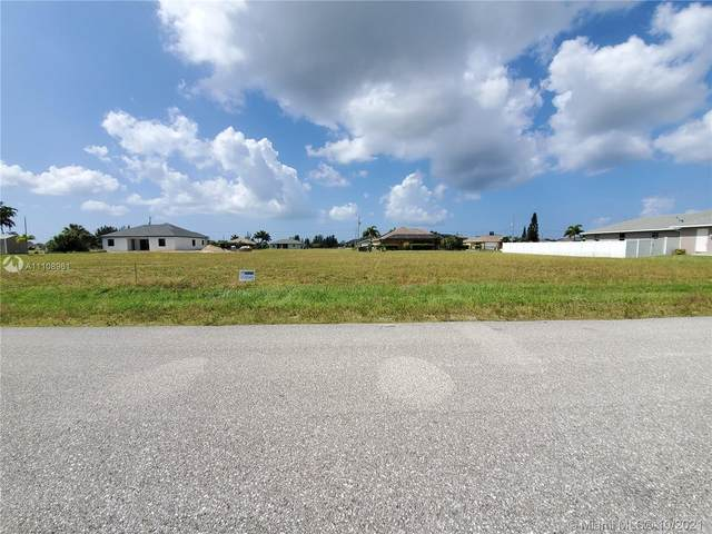 1620 NW 36TH PLACE, Cape Coral, FL 33993 (#A11108961) :: Posh Properties