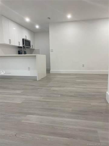 2505 W 67th Pl 21-27, Hialeah, FL 33016 (MLS #A11108991) :: Green Realty Properties