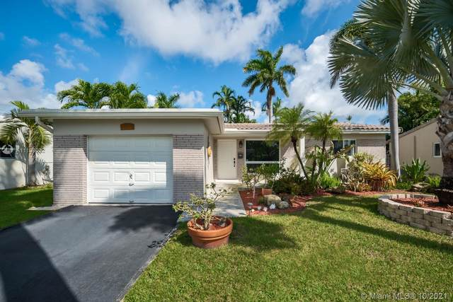 1529 Cleveland St, Hollywood, FL 33020 (MLS #A11109032) :: The Pearl Realty Group