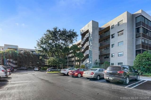 900 Colony Point Cir #302, Pembroke Pines, FL 33026 (MLS #A11109113) :: Patty Accorto Team