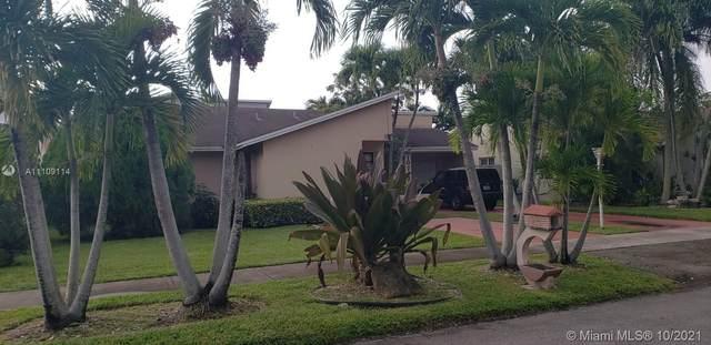 10742 SW 143rd Ave, Miami, FL 33186 (MLS #A11109114) :: Castelli Real Estate Services