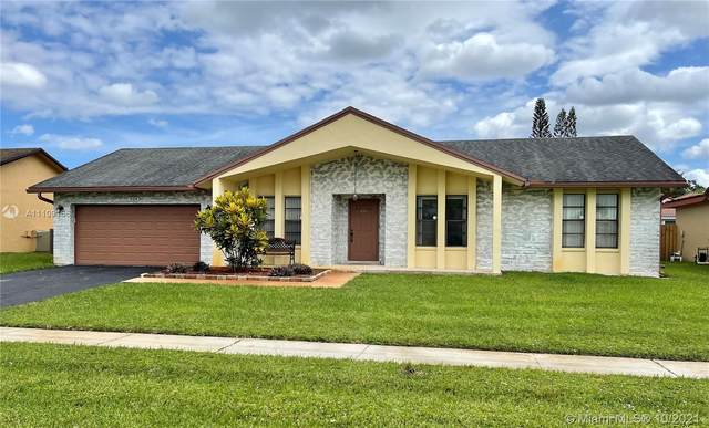 934 NW 133rd Ave, Sunrise, FL 33325 (MLS #A11109156) :: Re/Max PowerPro Realty