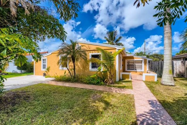 3211 Cleveland Street, Hollywood, FL 33021 (MLS #A11109277) :: The Pearl Realty Group