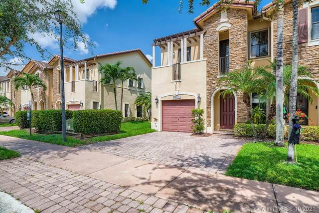 10335 NW 30th Terrace, Miami, FL 33172 (MLS #A11109303) :: Re/Max PowerPro Realty