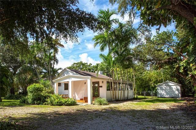 1215 San Ignacio Ave, Coral Gables, FL 33146 (MLS #A11109317) :: The Jack Coden Group