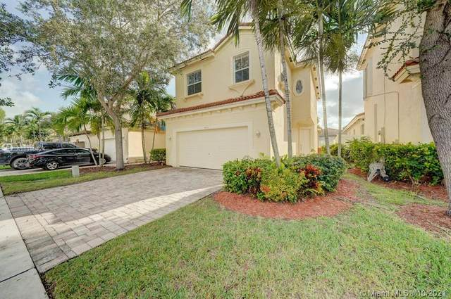 953 NE 37th Avenue, Homestead, FL 33033 (MLS #A11109424) :: The Pearl Realty Group
