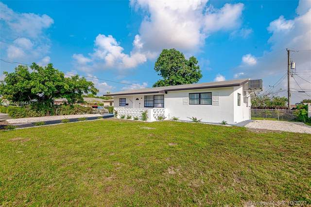 5845 Arthur St, Hollywood, FL 33021 (MLS #A11109443) :: The Pearl Realty Group