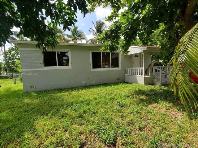 570 NE 170th St, North Miami Beach, FL 33162 (MLS #A11109567) :: The Pearl Realty Group
