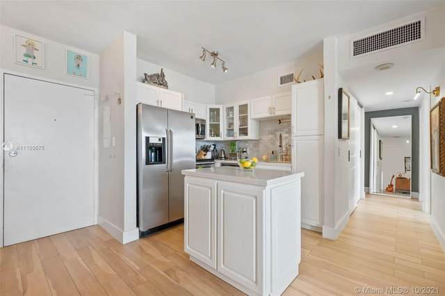 7441 Wayne Ave 14R, Miami Beach, FL 33141 (MLS #A11109575) :: Berkshire Hathaway HomeServices EWM Realty