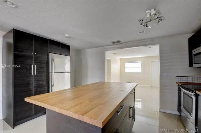 805 Washington Ave, Lake Worth, FL 33460 (MLS #A11109844) :: ONE | Sotheby's International Realty