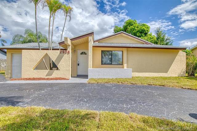 2938 NW 51st Ter, Margate, FL 33063 (MLS #A11109851) :: Castelli Real Estate Services