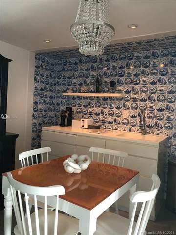 1100 West Ave #1007, Miami Beach, FL 33139 (MLS #A11109935) :: Castelli Real Estate Services