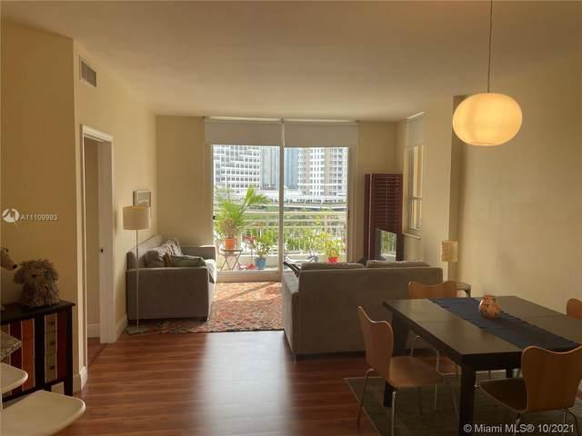 888 Brickell Key Dr #702, Miami, FL 33131 (MLS #A11109993) :: Castelli Real Estate Services