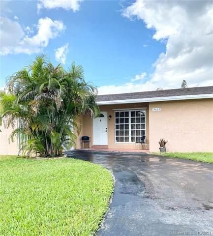 9607 NW 26th St, Sunrise, FL 33322 (MLS #A11110219) :: Rivas Vargas Group