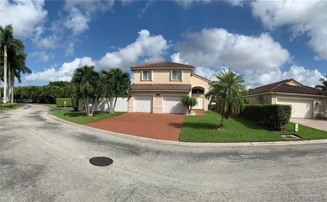 13589 SW 144th Ter, Miami, FL 33186 (MLS #A11110285) :: Castelli Real Estate Services